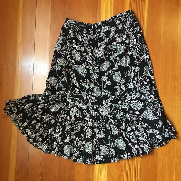 Talbots Dresses & Skirts - Talbots Black and Pink Floral Flowy Skirt 16